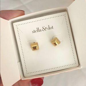 NWT Stella & Dot Deja Vu Reversible Earrings